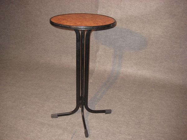 Zeppelin espect culos mobiliario mesas - Velador plegable ...